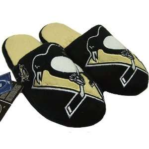 PITTSBURGH PENGUINS OFFICIAL LOGO PLUSH SLIPPERS SIZE M