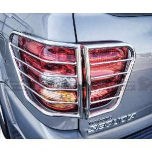 BLACK HORSE 05 07 Toyota Sequoia SS Tail Light Guard