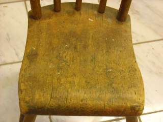 Antique Early American Wood Windsor Farm Chair