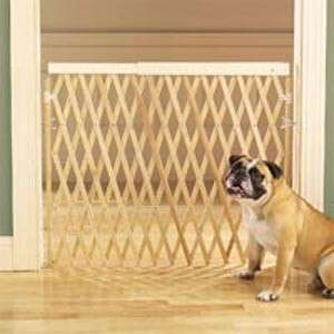 Four Paws 32H Accordian Style Wood Safety Gate 24 60W